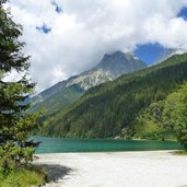 antholzer see strand lago anterselva