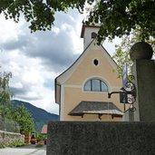 D-2690-nauders-bei-rodeneck-kirche-st-benedikt.jpg