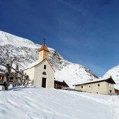 RS fane alm vals winter kapelle kirche