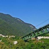 aD-5426-franzensfeste-festung-und-eisenbahnbruecke-pustertalbahn.jpg