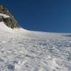 Rechts unterhalb des Südlichen Möselenocks geht es in den Östlichen Nevesferner hinein und diesen steil empor. Foto: BS, © Peer