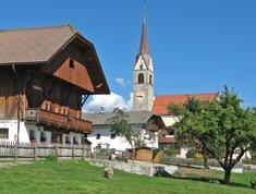 Pfalzen Dorf Falzes paese