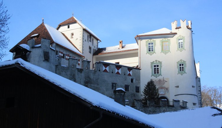 RS kiens schloss ehrenburg winter